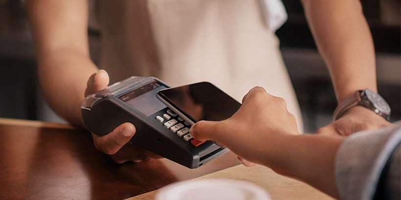 Приложение вместо пластиковой карты: A1 banking запустил технологию бесконтактных платежей