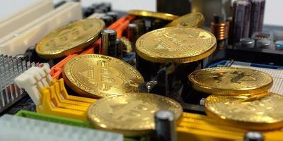 Почему биткоин может вырасти и что будет с курсами валют?