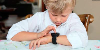 В Беларуси появились первые детские умные часы с Алисой